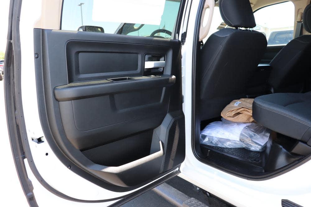 2019 Ram 5500 Crew Cab DRW 4x4,  Royal Contractor Body #69522 - photo 22