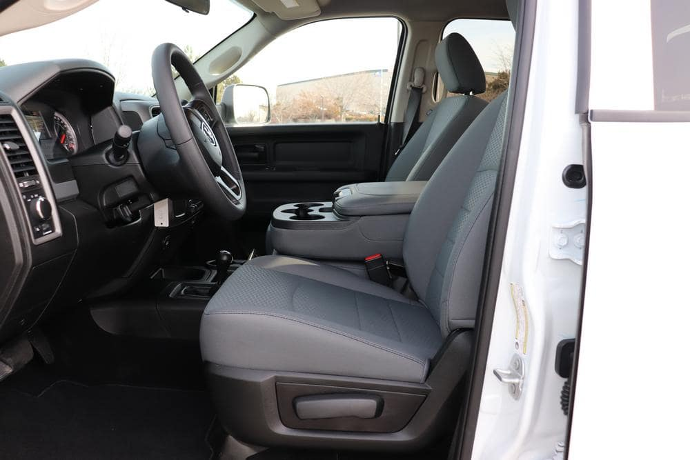 2019 Ram 3500 Crew Cab DRW 4x4,  Pickup #69551 - photo 28