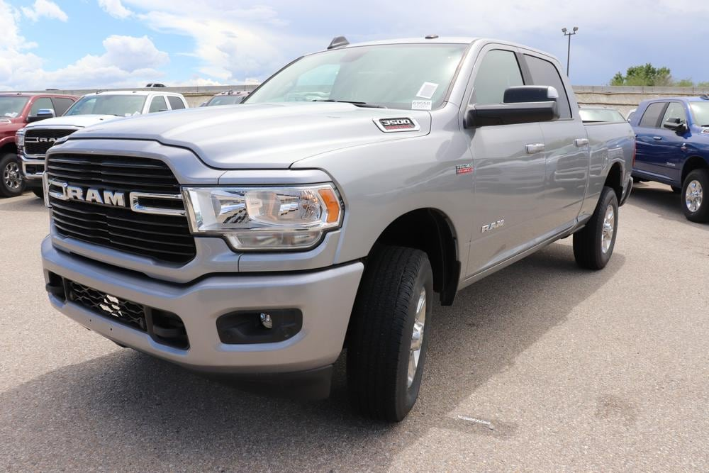 2019 Ram 3500 Crew Cab 4x4, Pickup #69558 - photo 4