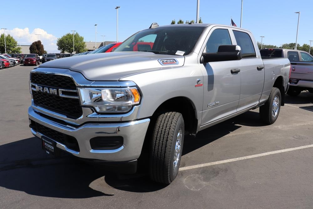 2019 Ram 3500 Crew Cab 4x4, Pickup #69569 - photo 4