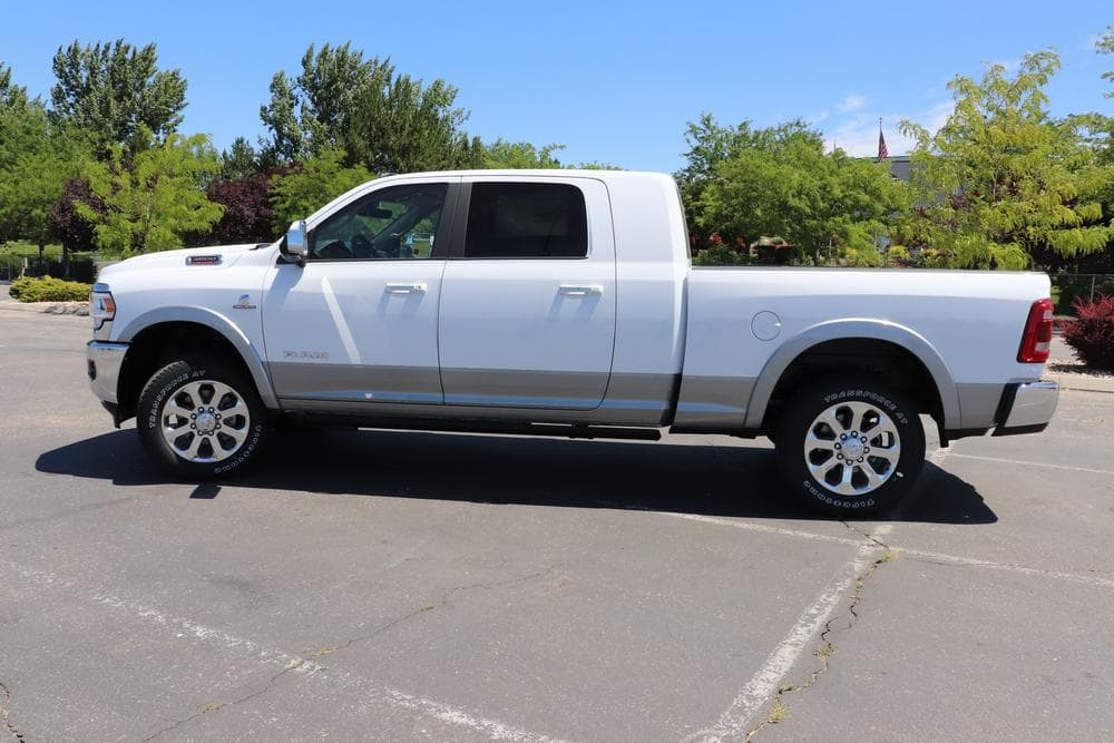 2019 Ram 3500 Mega Cab 4x4, Pickup #69577 - photo 6