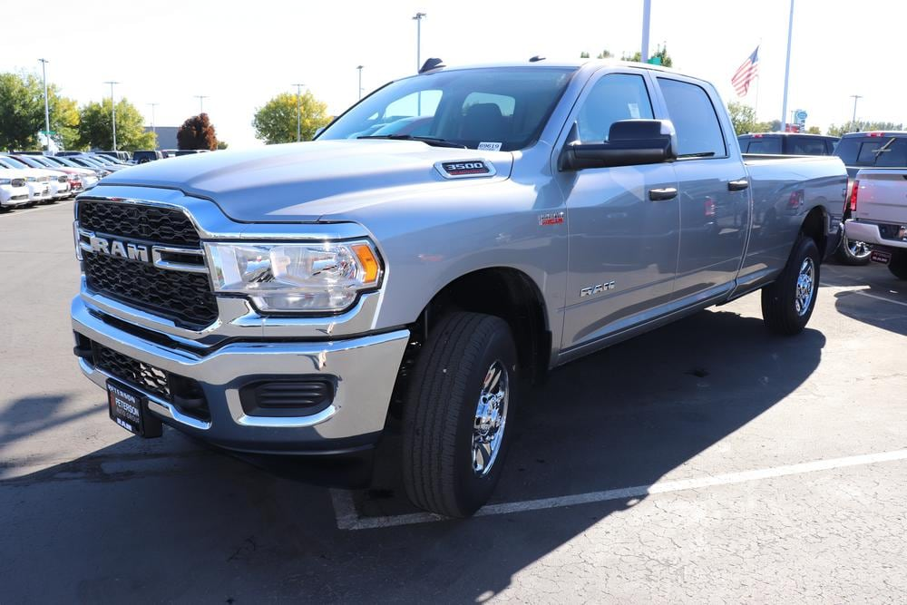 2019 Ram 3500 Crew Cab 4x4, Pickup #69619 - photo 4
