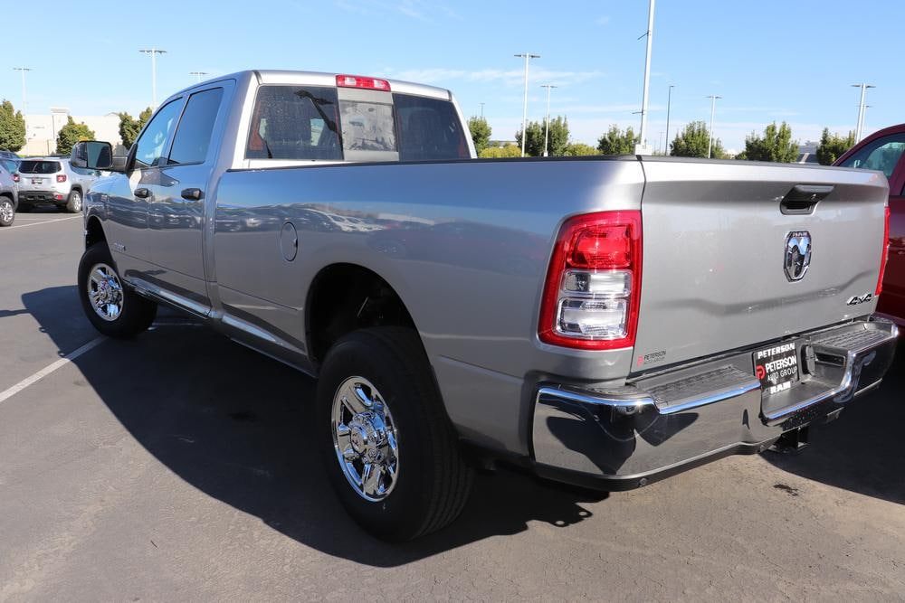 2019 Ram 3500 Crew Cab 4x4, Pickup #69619 - photo 6