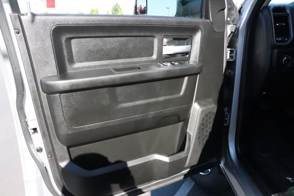 2019 Ram 3500 Crew Cab 4x4, Pickup #69619 - photo 21