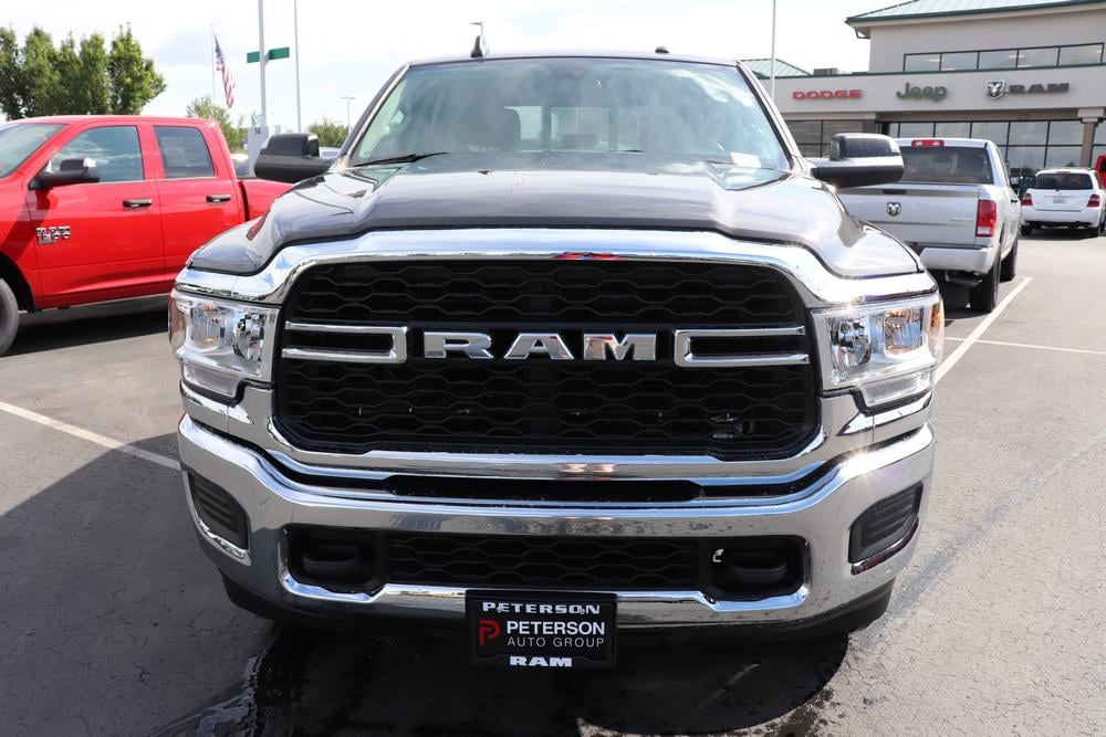 2019 Ram 3500 Crew Cab 4x4, Pickup #69642 - photo 3