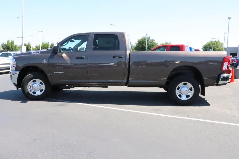 2019 Ram 3500 Crew Cab 4x4, Pickup #69645 - photo 5