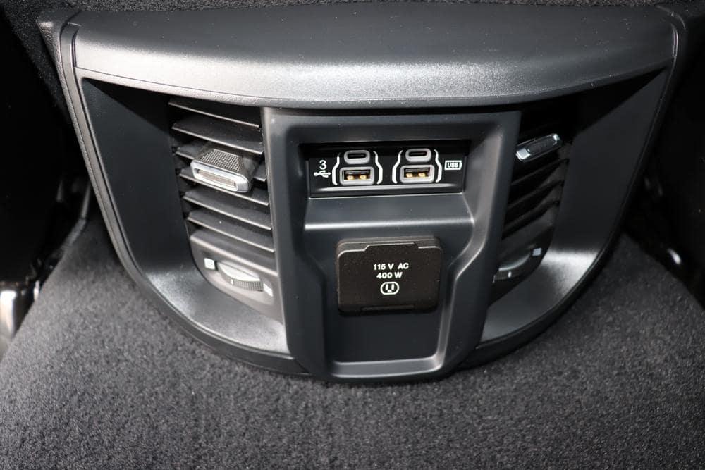 2019 Ram 3500 Mega Cab 4x4, Pickup #69647 - photo 25