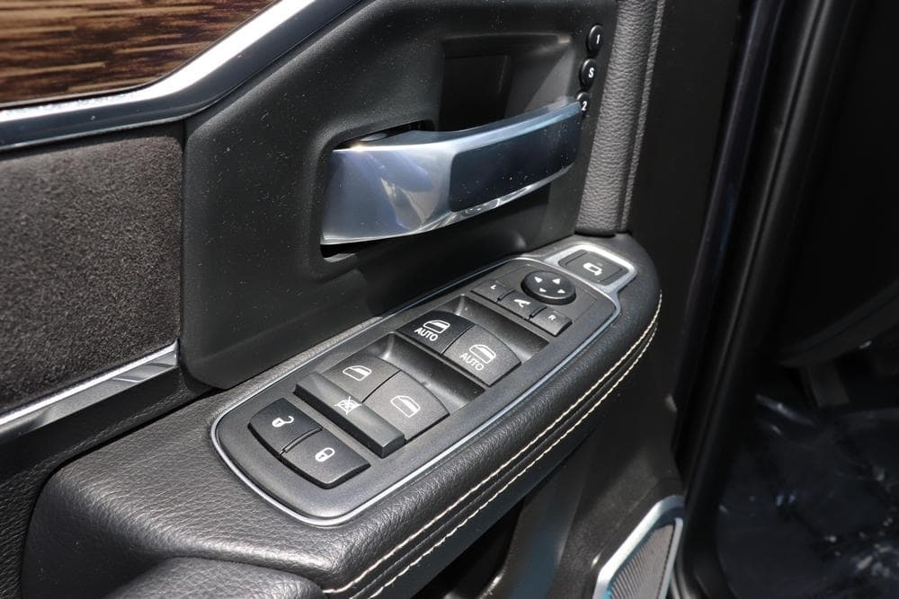 2019 Ram 3500 Mega Cab 4x4, Pickup #69647 - photo 28