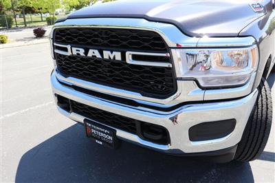 2019 Ram 3500 Crew Cab 4x4, Pickup #69677 - photo 9