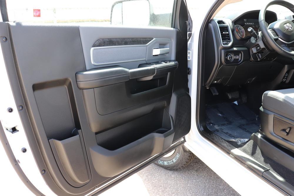 2019 Ram 3500 Regular Cab DRW 4x4, Pickup #69685 - photo 1