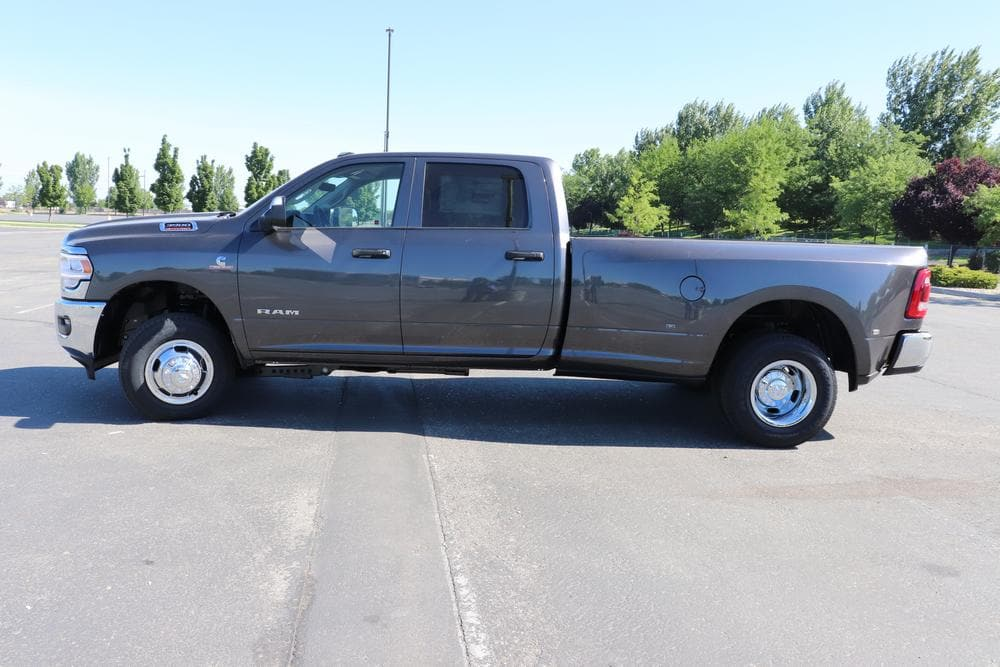 2019 Ram 3500 Crew Cab DRW 4x4,  Pickup #69752 - photo 5
