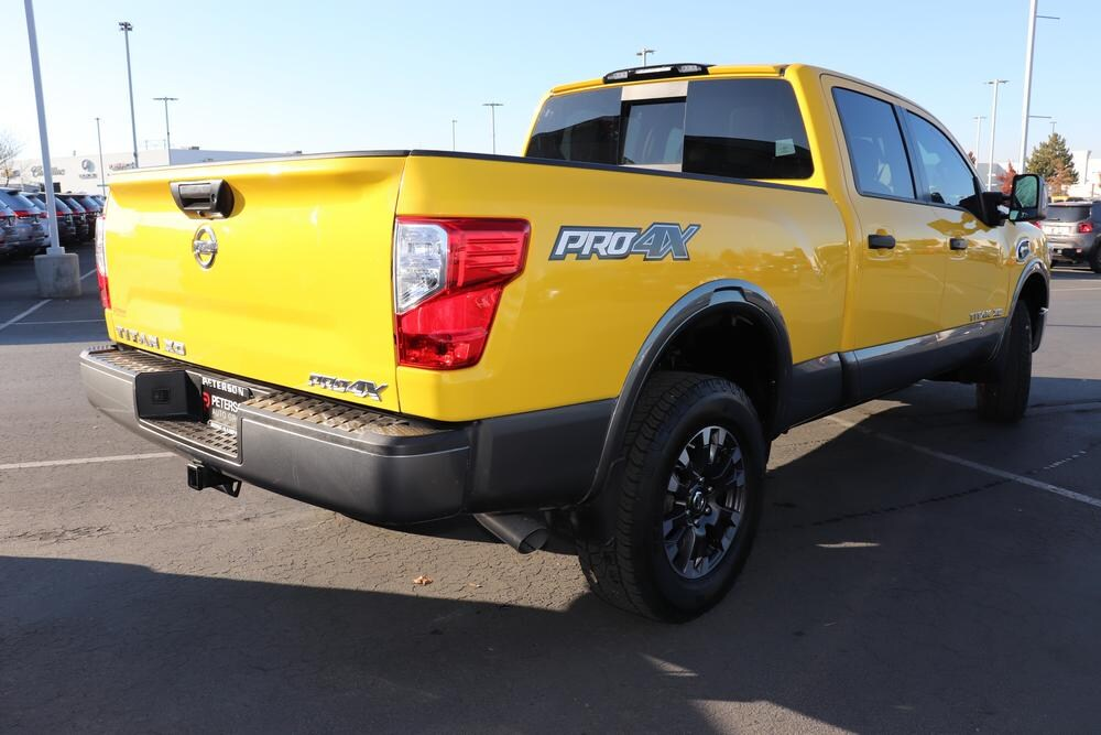 2018 Titan XD Crew Cab, Pickup #69789A - photo 2