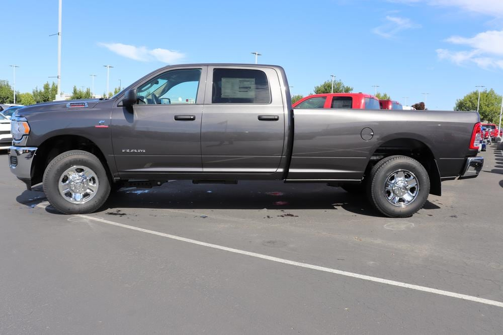 2019 Ram 2500 Crew Cab 4x4, Pickup #69840 - photo 6