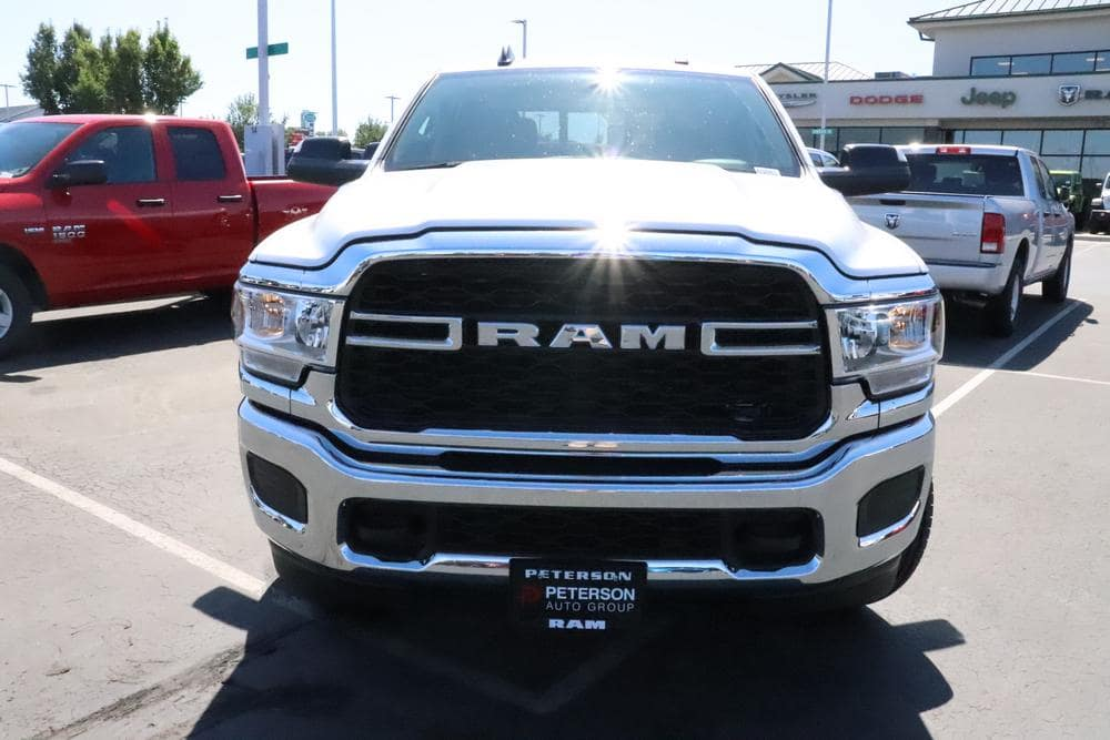 2019 Ram 2500 Crew Cab 4x4, Pickup #69881 - photo 3