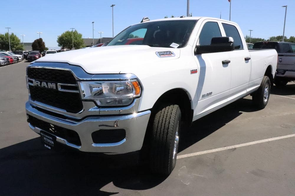 2019 Ram 2500 Crew Cab 4x4, Pickup #69886 - photo 4