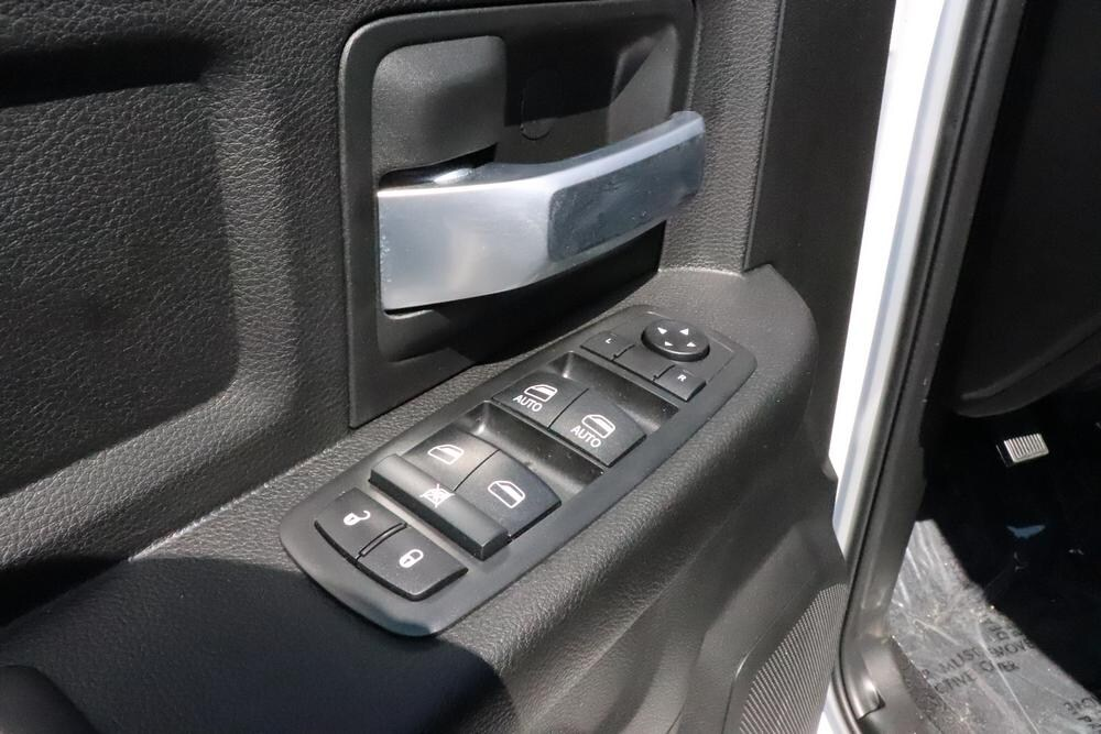 2019 Ram 2500 Crew Cab 4x4, Pickup #69892 - photo 20