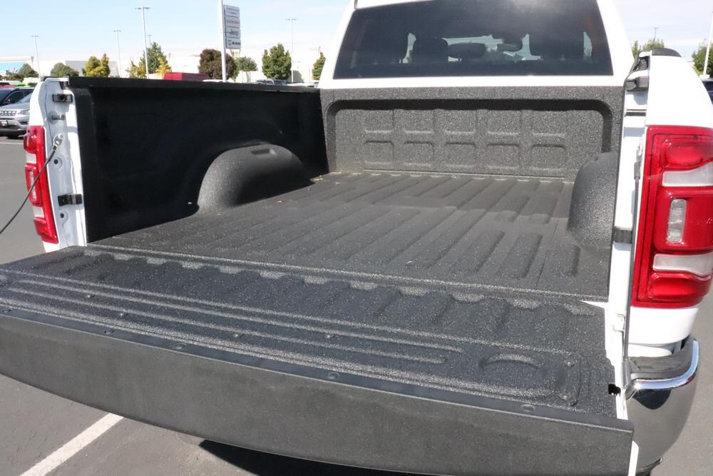 2019 Ram 2500 Crew Cab 4x4, Pickup #69907 - photo 15