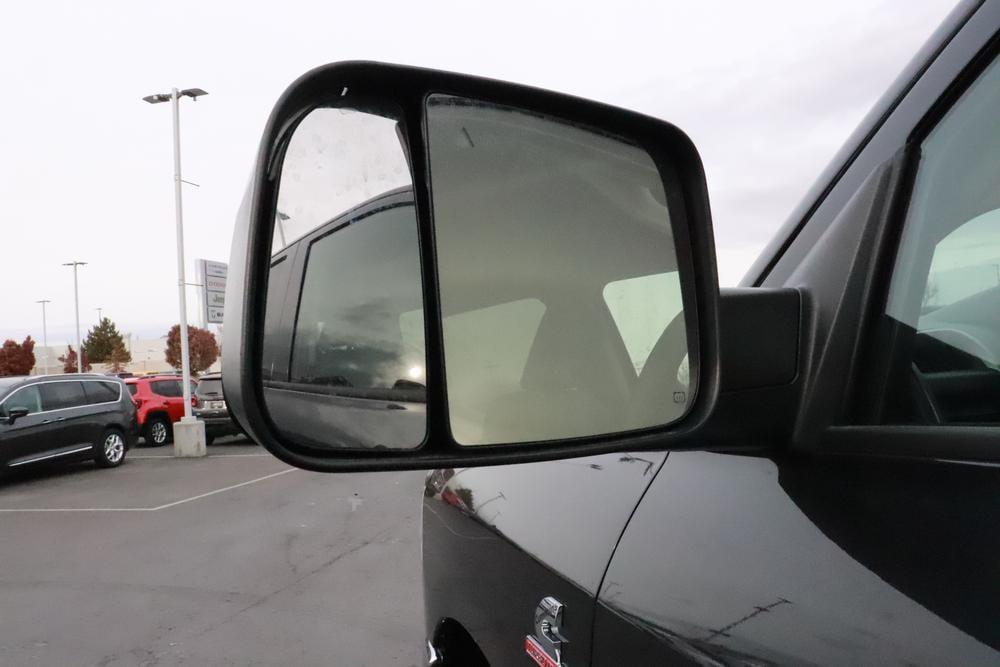 2019 Ram 3500 Crew Cab DRW 4x4, Pickup #69980 - photo 12
