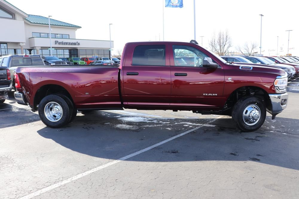 2019 Ram 3500 Crew Cab DRW 4x4, Pickup #69982 - photo 8
