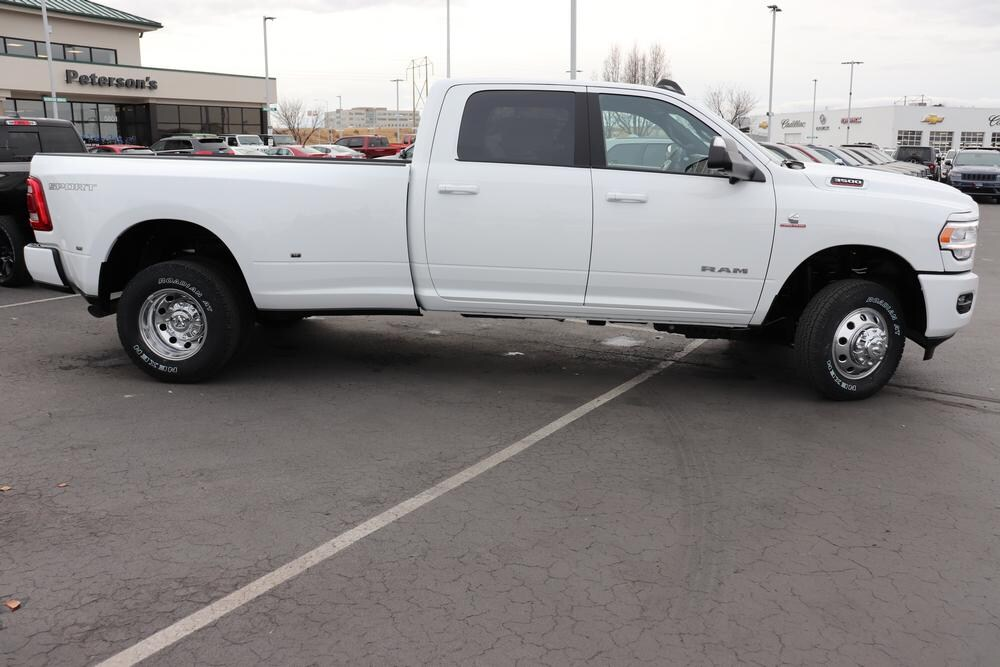 2019 Ram 3500 Crew Cab DRW 4x4, Pickup #69997 - photo 8
