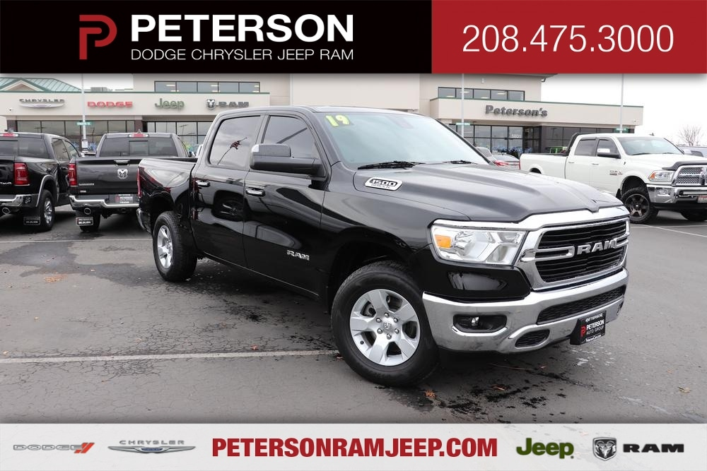 2019 Ram 1500 Crew Cab 4x4, Pickup #993465 - photo 1