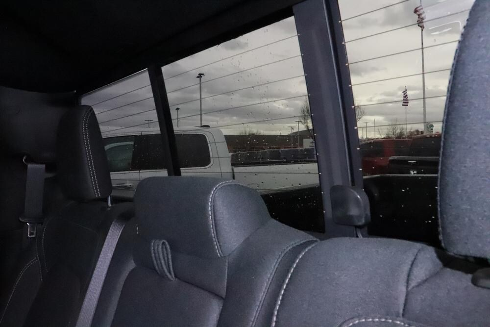 2019 Ram 1500 Crew Cab 4x4, Pickup #993465 - photo 17