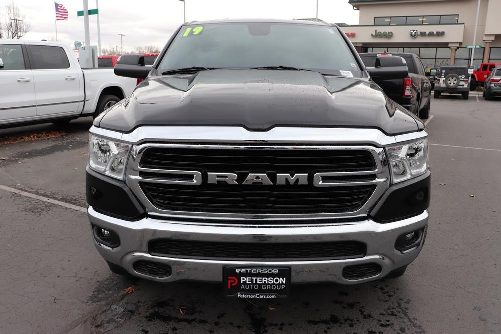 2019 Ram 1500 Crew Cab 4x4, Pickup #993465 - photo 3