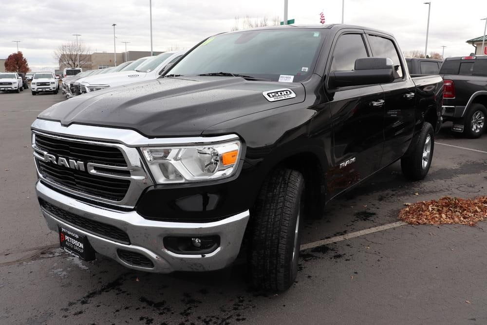 2019 Ram 1500 Crew Cab 4x4, Pickup #993465 - photo 4