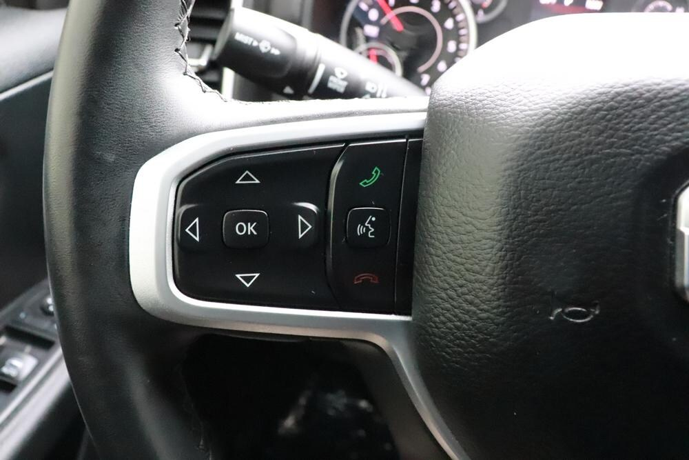 2019 Ram 1500 Crew Cab 4x4, Pickup #993465 - photo 33