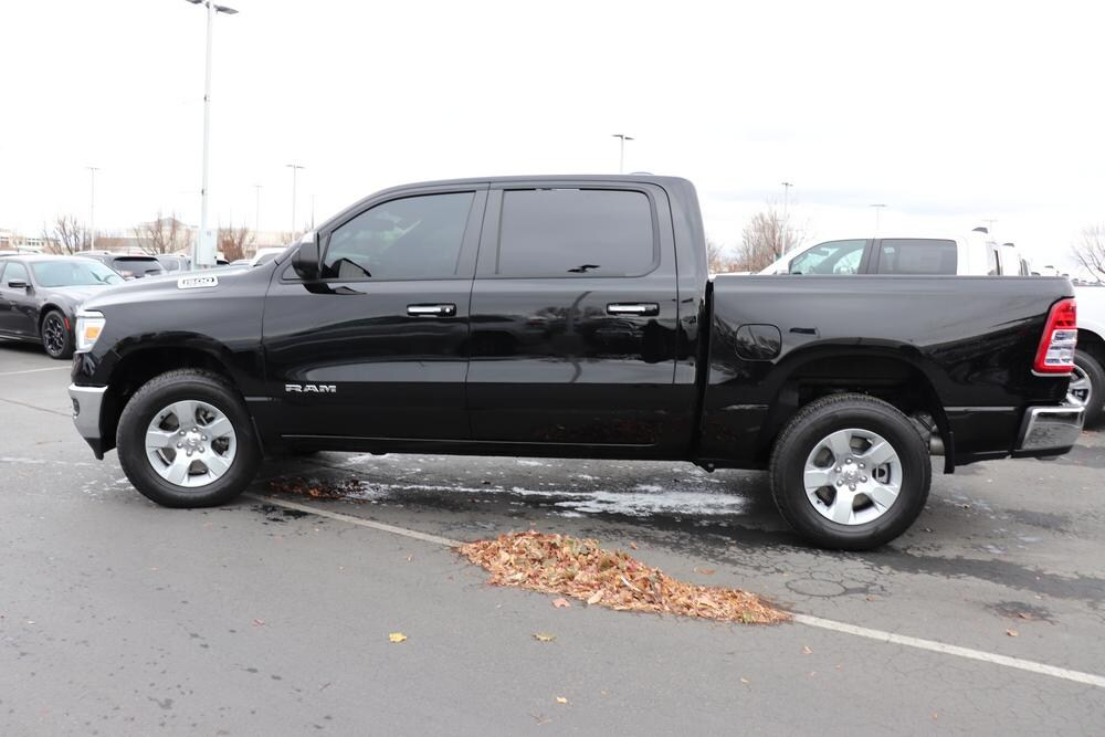 2019 Ram 1500 Crew Cab 4x4, Pickup #993465 - photo 5
