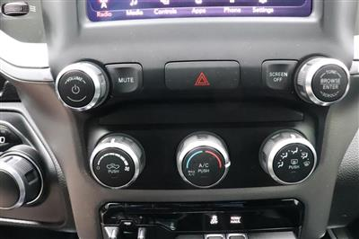 2019 Ram 1500 Crew Cab 4x4, Pickup #993465 - photo 28