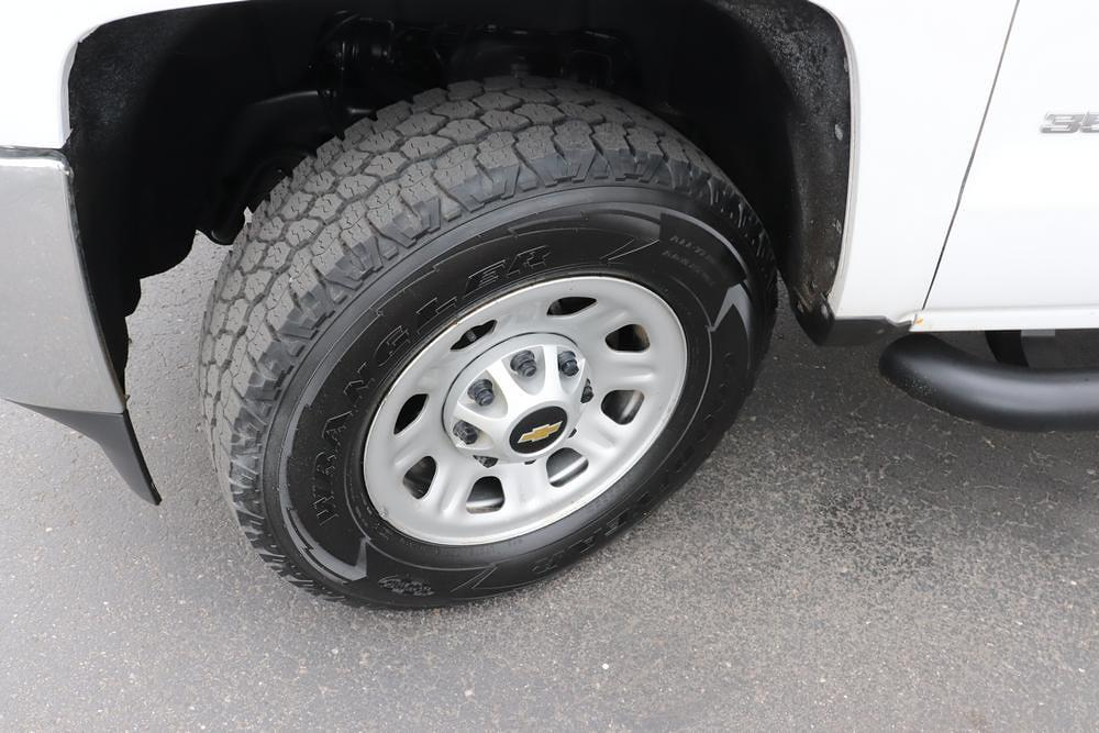 2019 Chevrolet Silverado 3500 Crew Cab 4x4, Pickup #993750 - photo 10