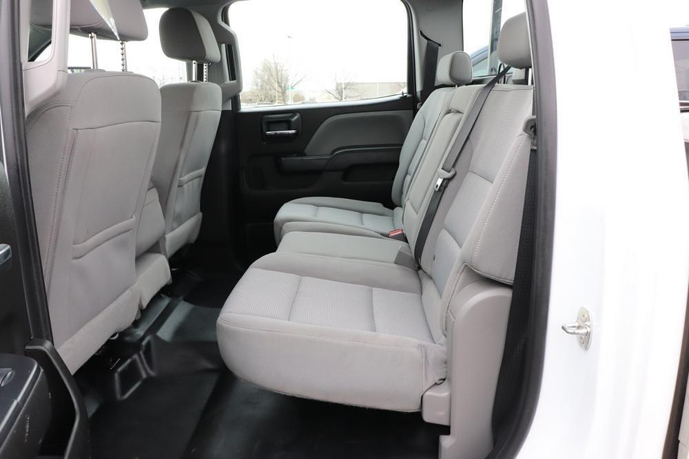 2019 Chevrolet Silverado 3500 Crew Cab 4x4, Pickup #993750 - photo 15