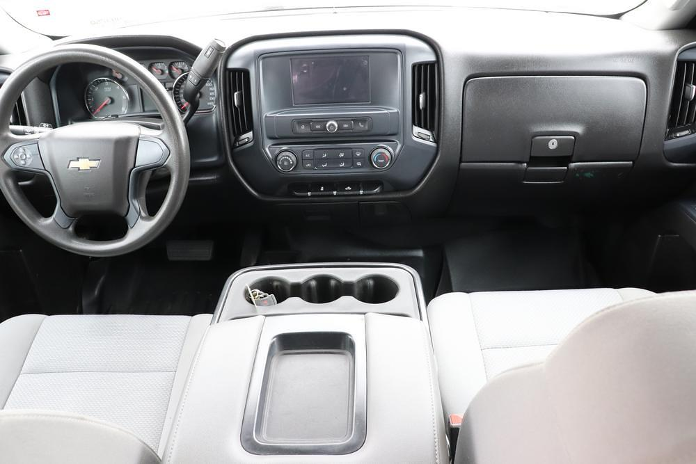 2019 Chevrolet Silverado 3500 Crew Cab 4x4, Pickup #993750 - photo 17
