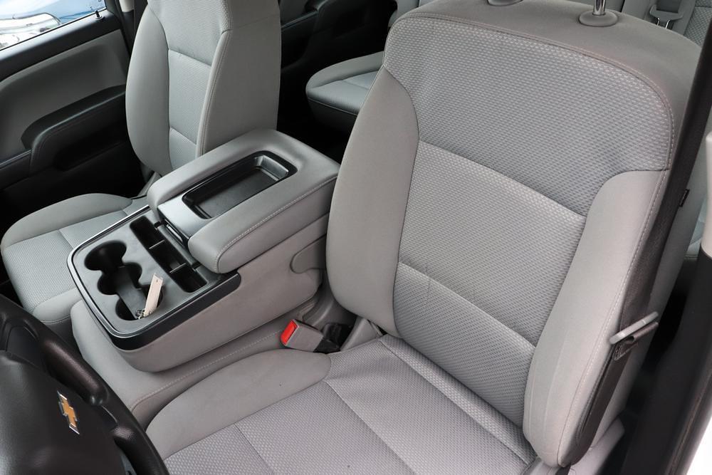 2019 Chevrolet Silverado 3500 Crew Cab 4x4, Pickup #993750 - photo 21
