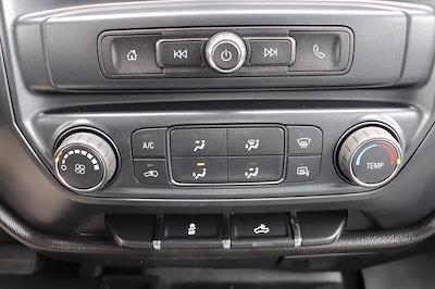 2019 Chevrolet Silverado 3500 Crew Cab 4x4, Pickup #993750 - photo 23