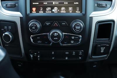 2017 Ram 3500 Crew Cab 4x4, Pickup #993757 - photo 28