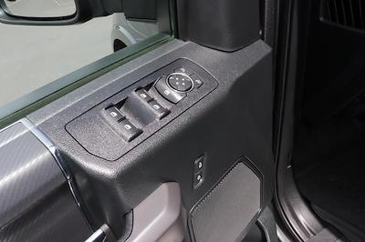 2019 Ford F-150 SuperCrew Cab 4x4, Pickup #993790 - photo 19