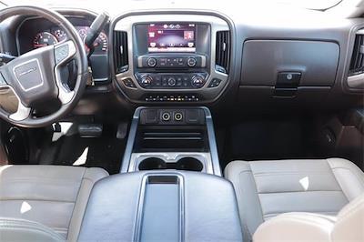 2015 GMC Sierra 2500 Crew Cab 4x4, Pickup #993791 - photo 17