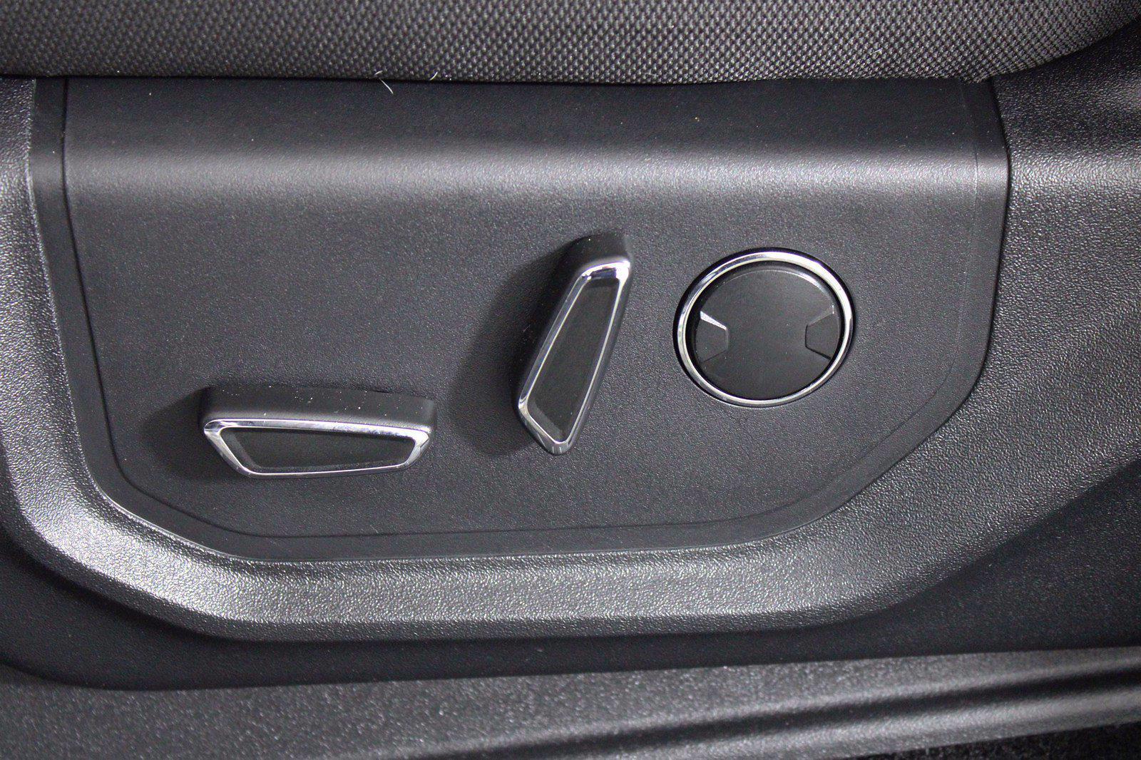 2016 Ford F-150 SuperCrew Cab 4x4, Pickup #D110467A - photo 16