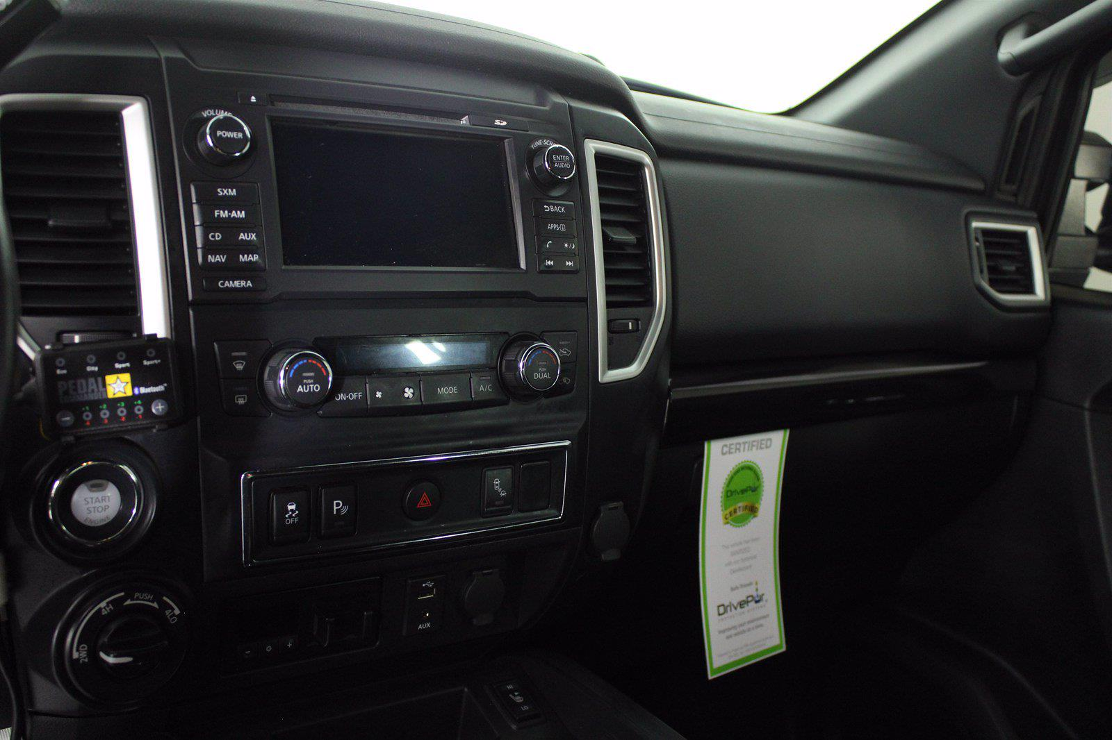 2018 Nissan Titan XD Crew Cab 4x4, Pickup #D110582A - photo 2