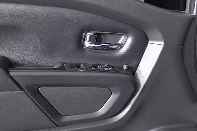 2018 Nissan Titan XD Crew Cab 4x4, Pickup #D110582A - photo 7