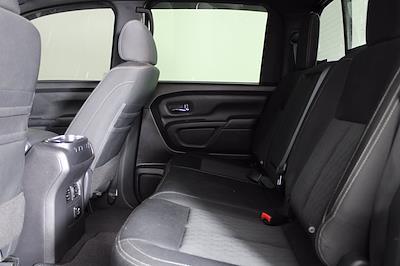 2018 Nissan Titan XD Crew Cab 4x4, Pickup #D110582A - photo 4