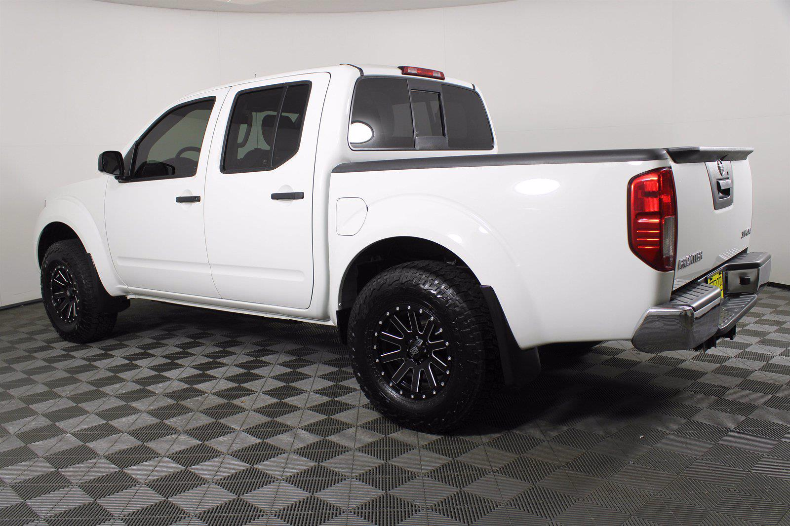 2019 Frontier Crew Cab 4x4,  Pickup #D110697A - photo 8