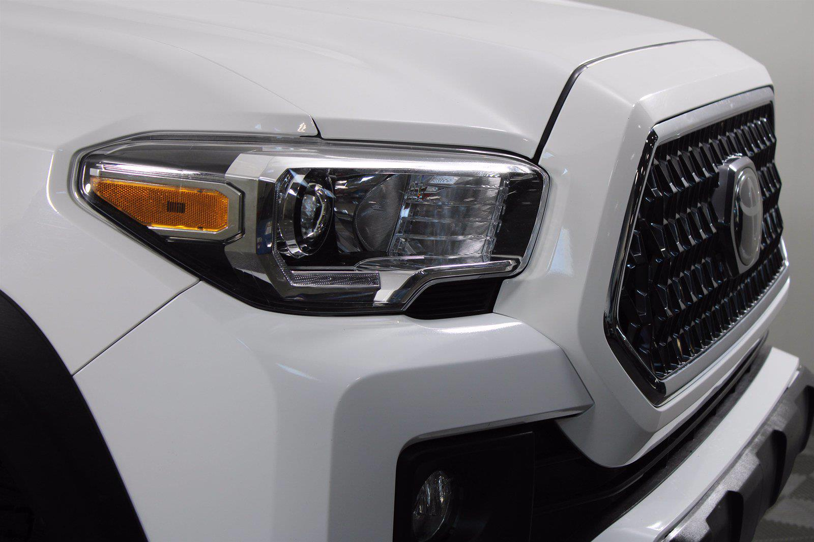 2019 Toyota Tacoma Double Cab 4x4, Pickup #D110706A - photo 2