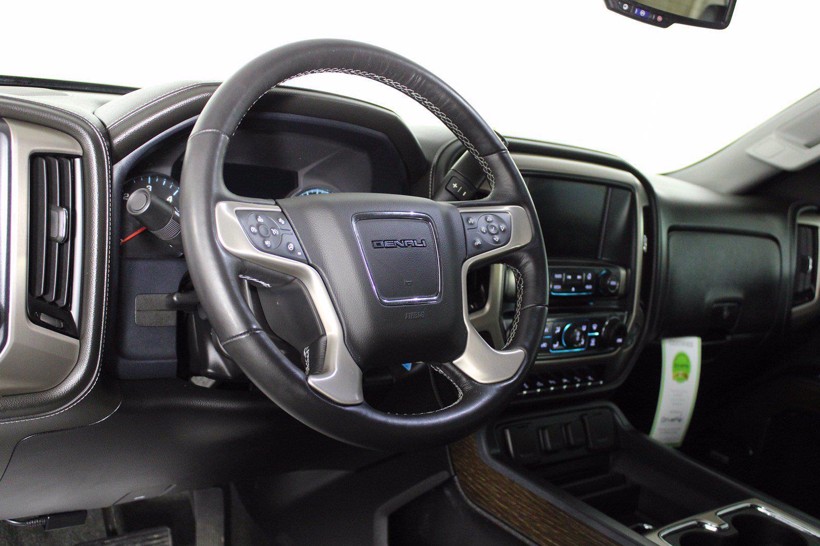 2018 GMC Sierra 1500 Crew Cab 4x4, Pickup #D110777A - photo 17
