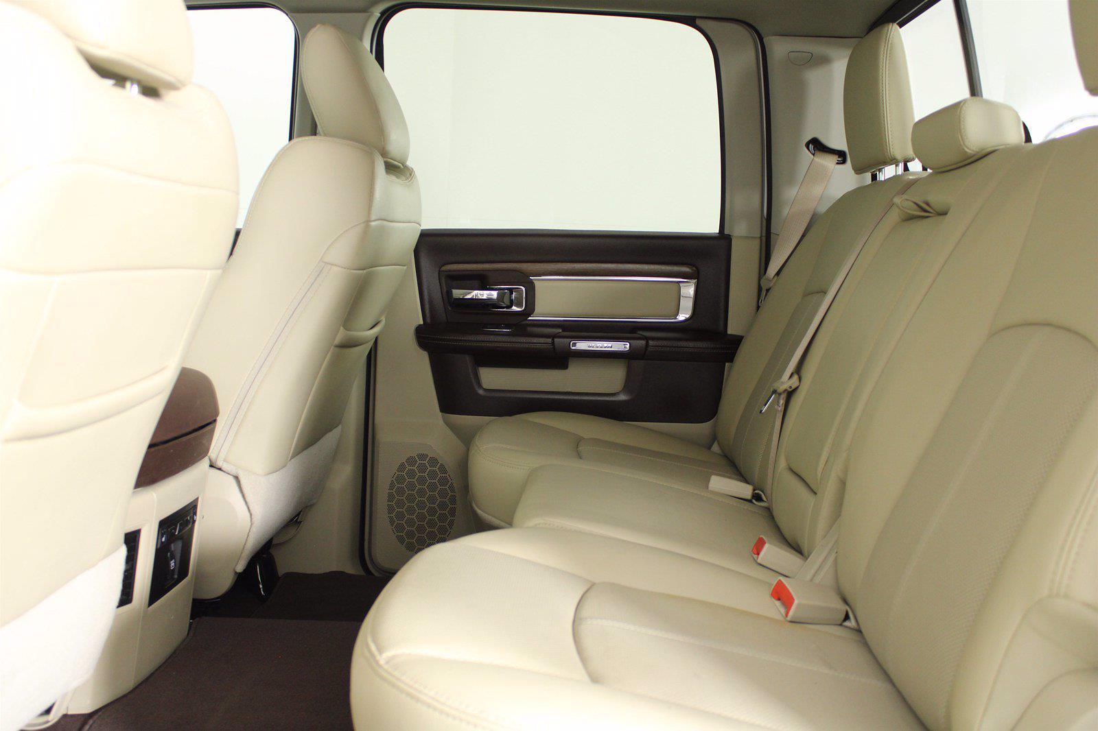 2018 Ram 3500 Crew Cab 4x4, Pickup #D110892A - photo 3