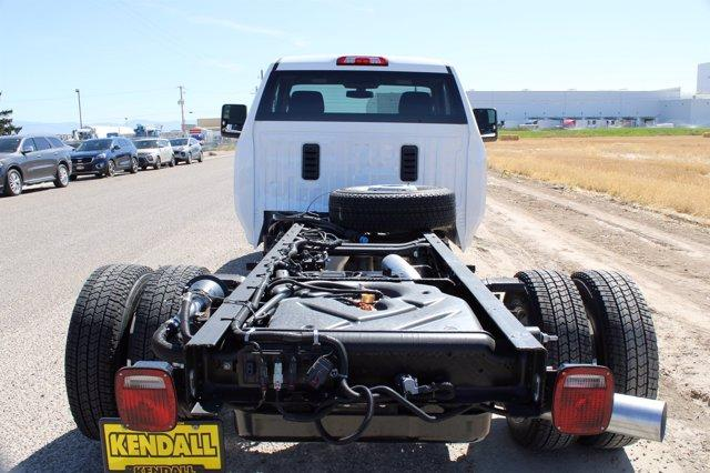 2020 GMC Sierra 3500 Regular Cab 4x4, Cab Chassis #D400197 - photo 1