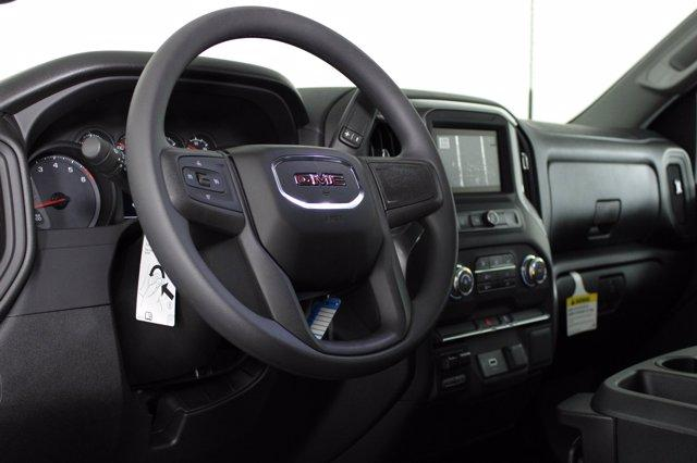 2020 GMC Sierra 2500 Double Cab 4x4, Cab Chassis #D400240 - photo 6