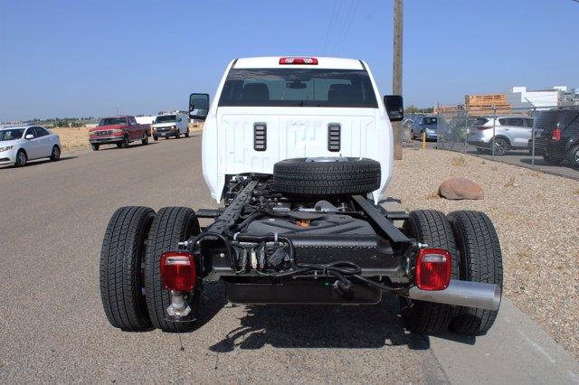 2020 GMC Sierra 3500 Regular Cab 4x4, Cab Chassis #D400272 - photo 2